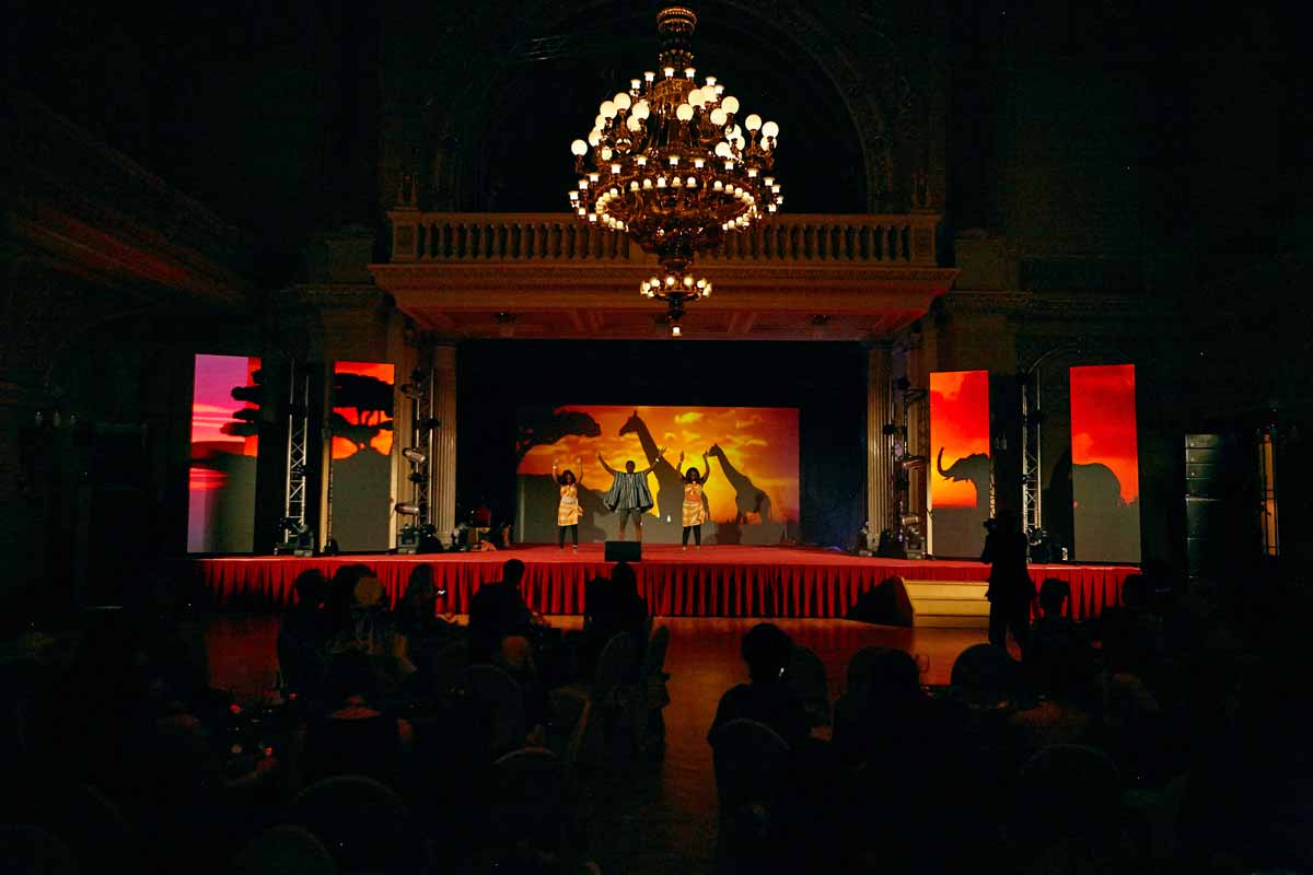 Custom stage design and audiovisual show for guests at annual year end event organized in Prague