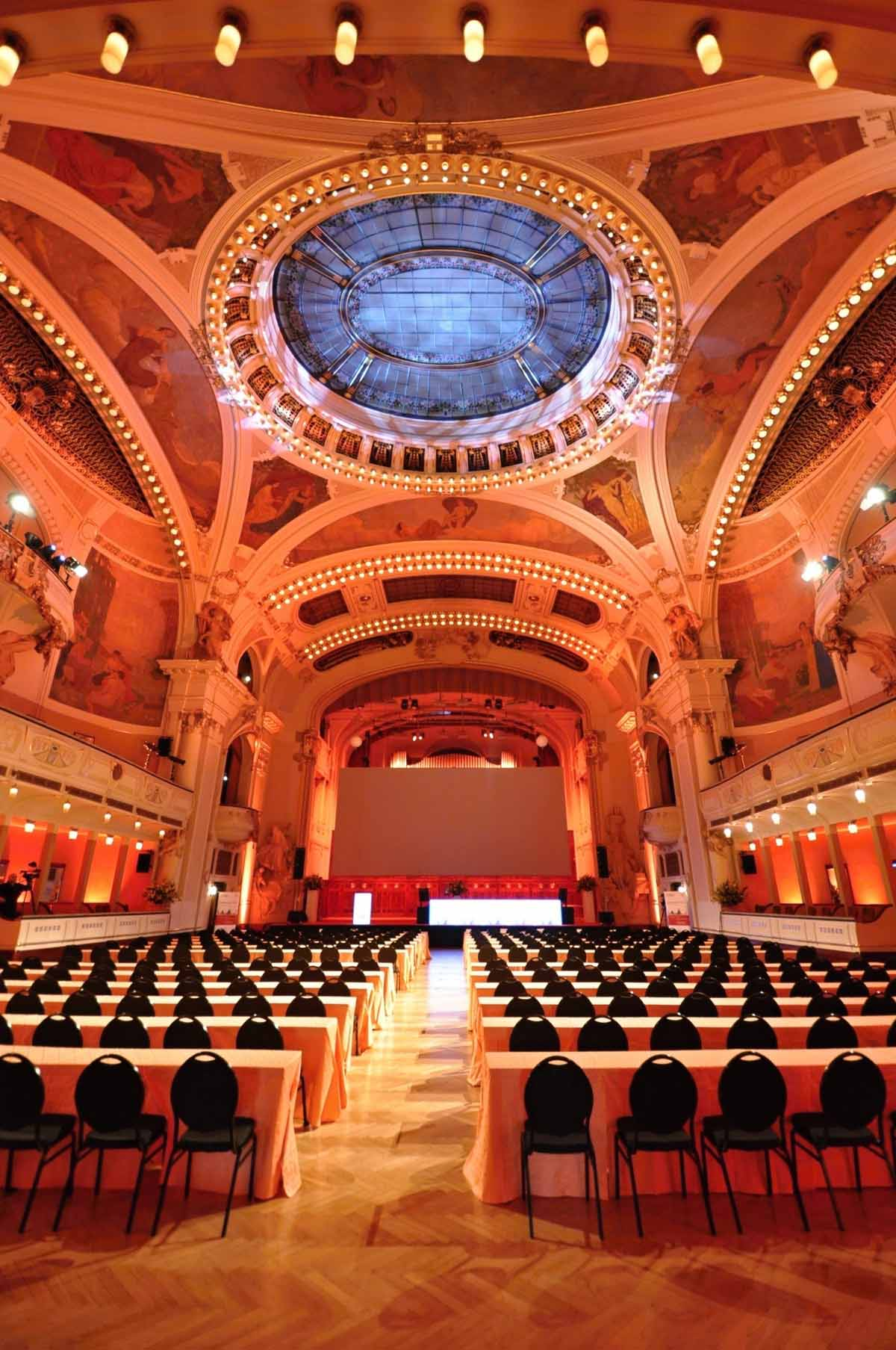 Beautiful Smetana hall hosts Prague conference