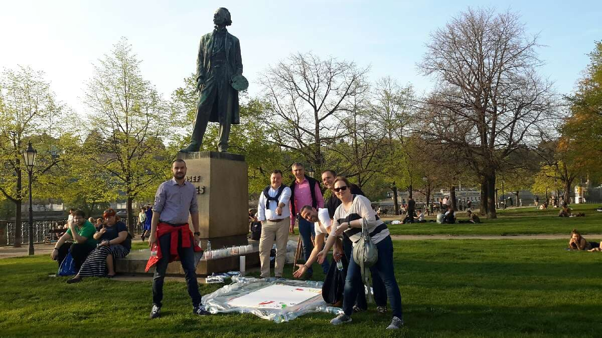 Profesionálně zorganizovaný teambuilding Catalyst Go Team v Praze