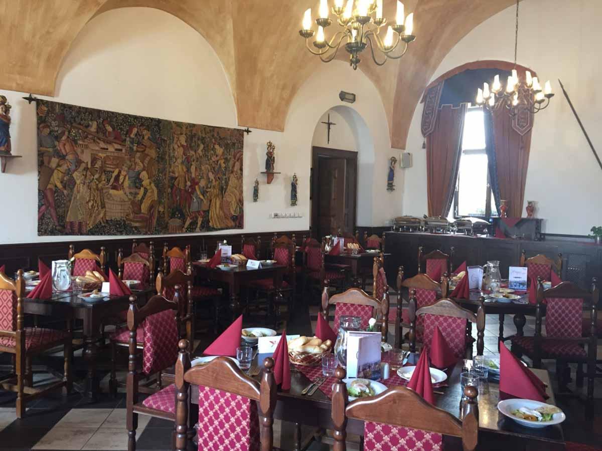 Středověký zámeček a setup na oběd očekávají hosty incentivního programu v Praze