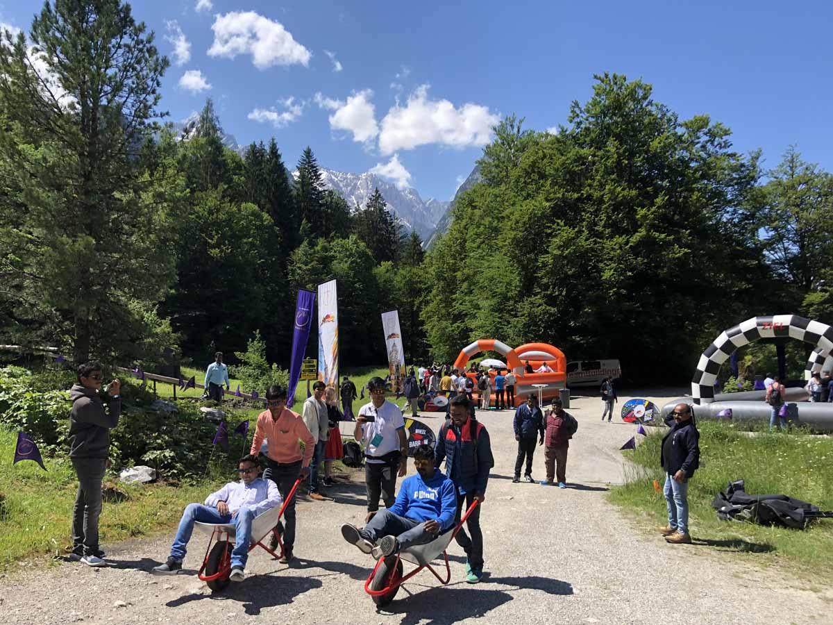 Soutěžní momentka při incentivním programu profesionálně zorganizovaném Maxin PRAGUE v německých Alpách