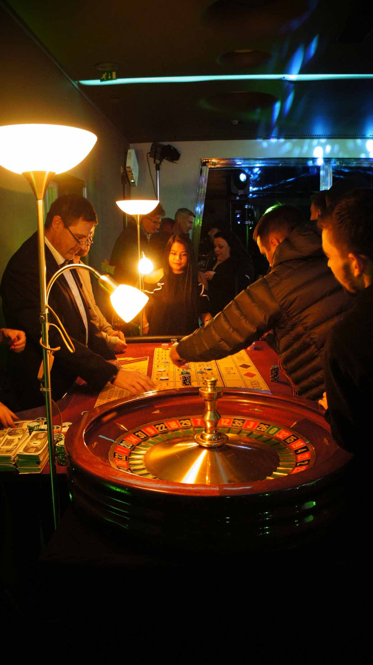 Portable casino entertains guests of the event professionally organized in Prague