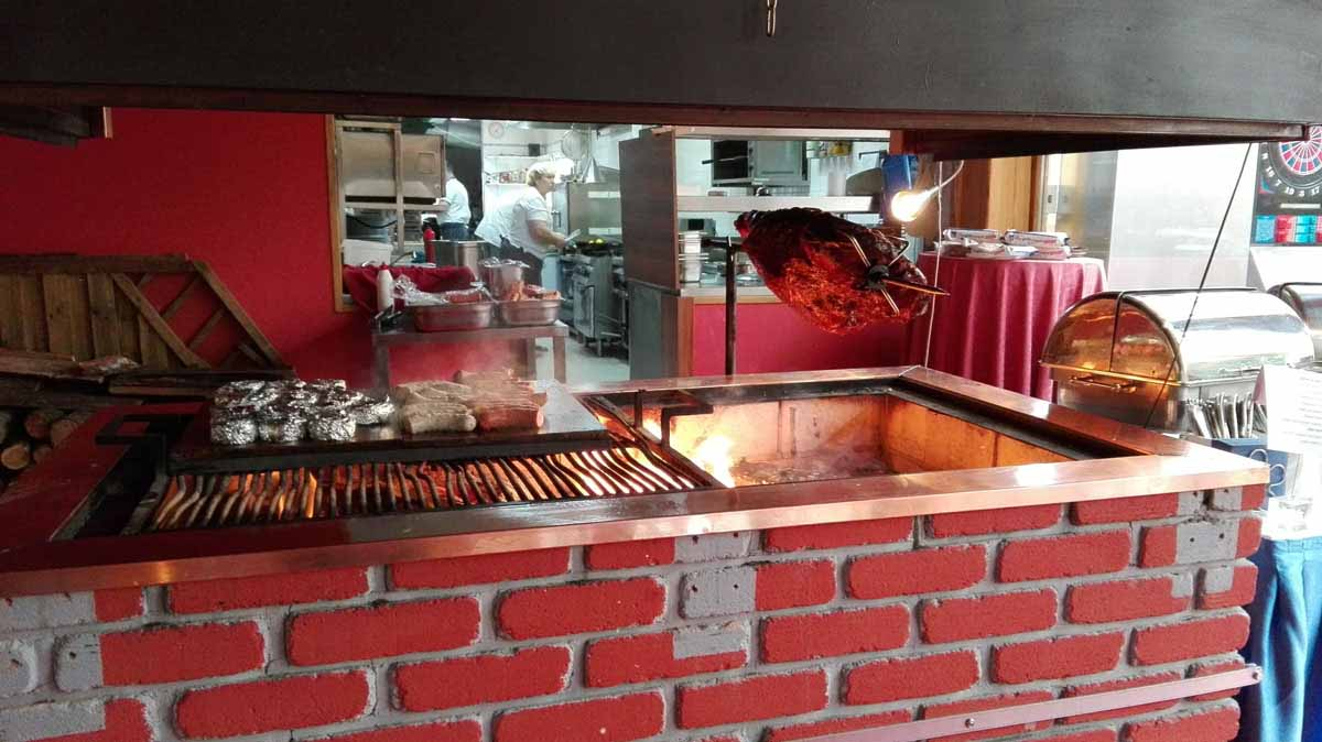 Prague restaurant grill hosting the professionally organized incentive program