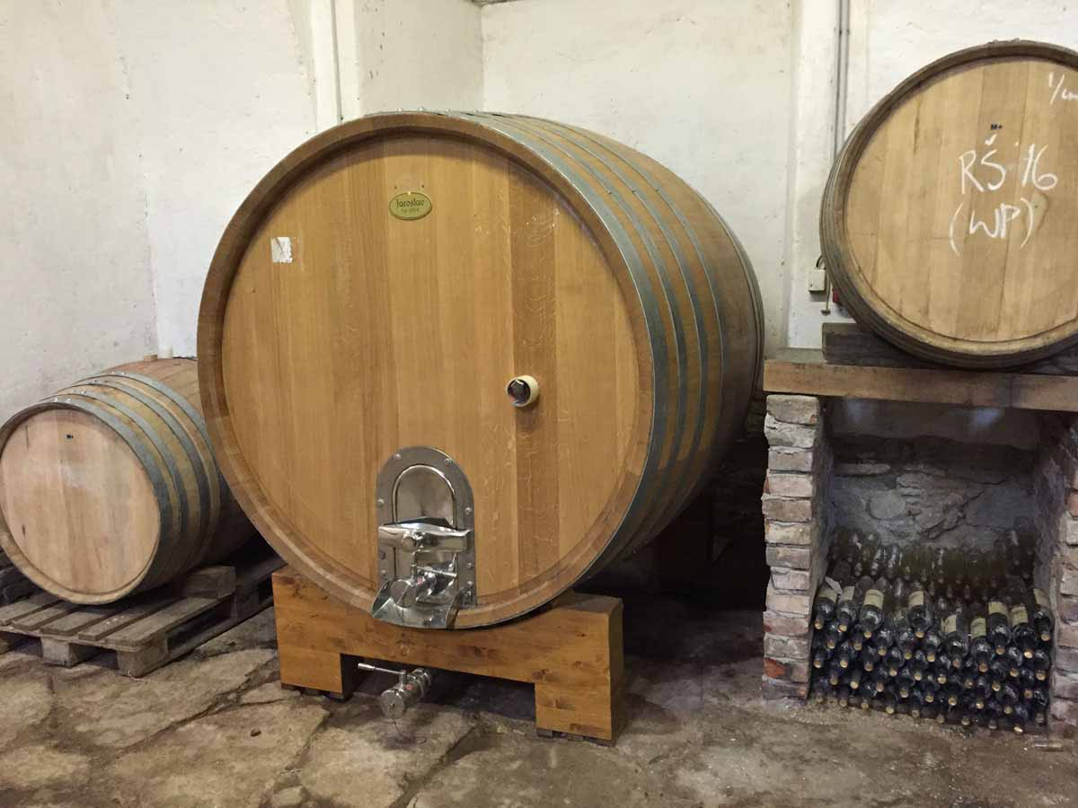 Private chateau wine cellar visit professionally organized by Maxin PRAGUE