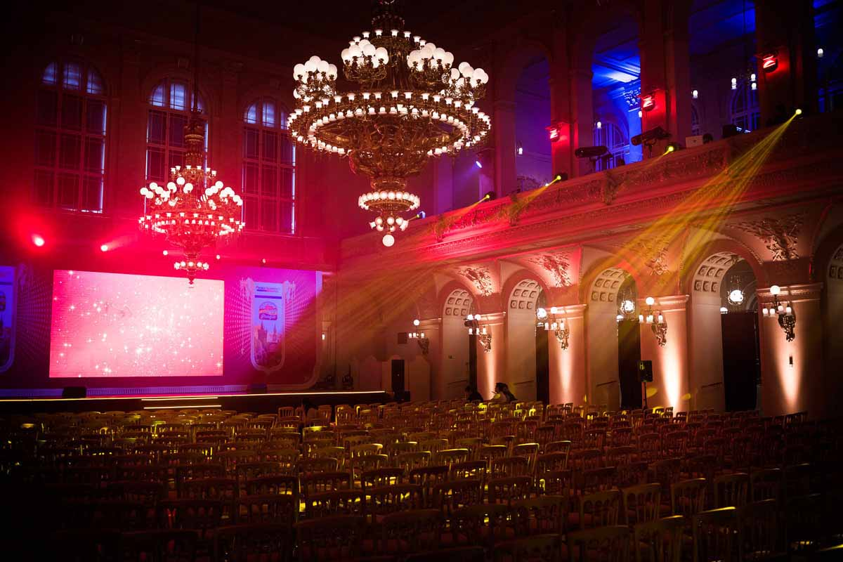 Proven event venue supplier was professionally customized for the incentive program in Prague ceremony awards