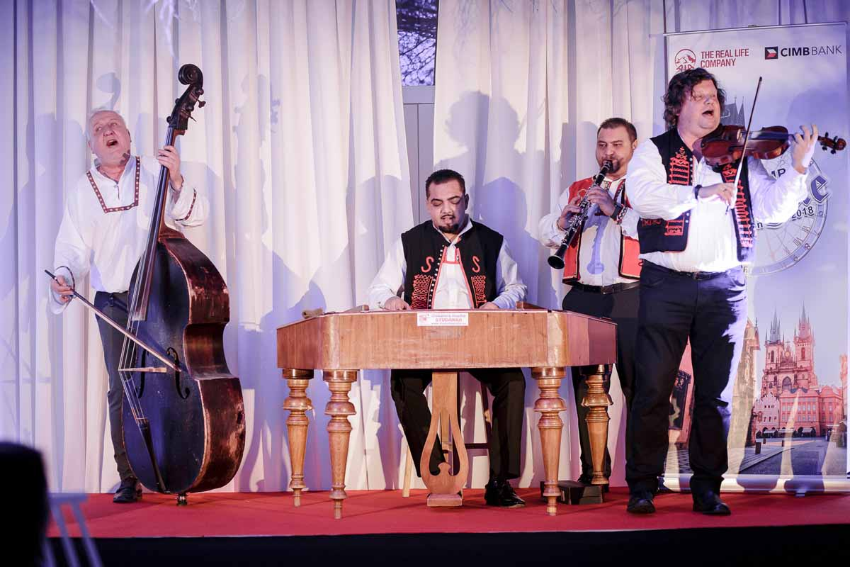 Traditional Czech music organized for an incentive in Prague