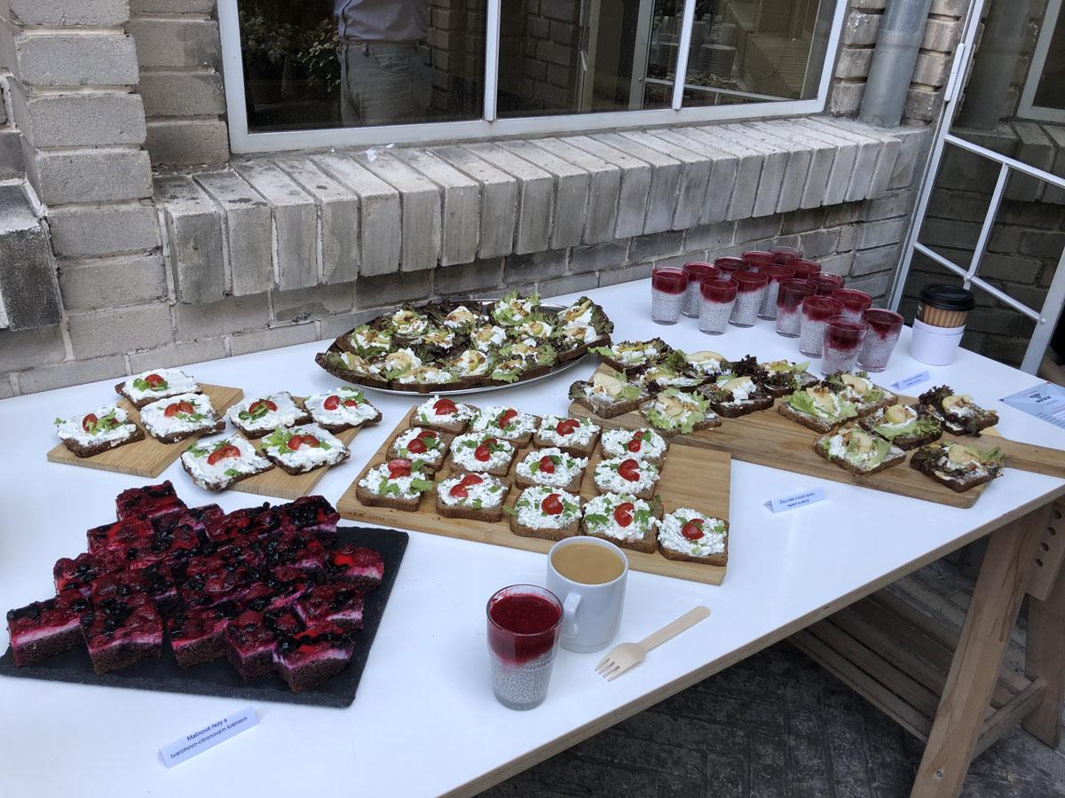 Venkovni catering na eventu QuickSpace v Praze